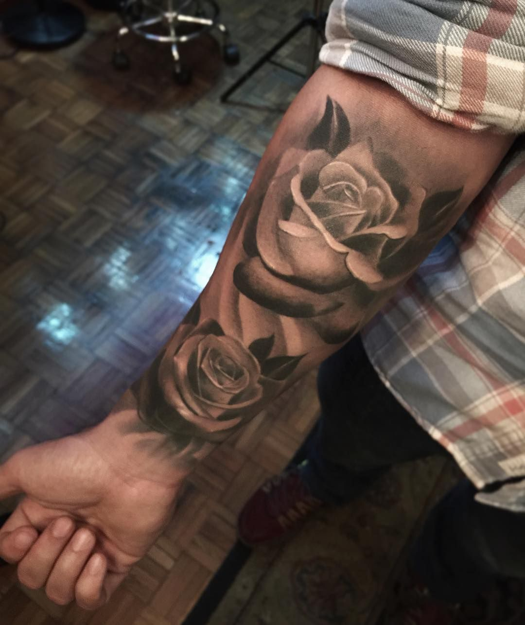 Clock forearm black rose sleeve tattoo - Soft Blackwork Roses Half Sleeve Tattooship Tattoostattoo Armmens