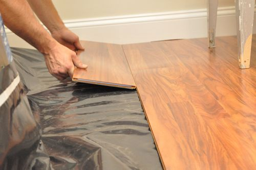 how to install a floating laminate floor laminat parkett und zubeh r. Black Bedroom Furniture Sets. Home Design Ideas