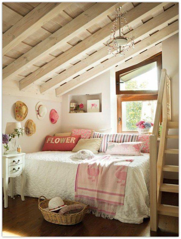 Einrichtungsideen Jugendzimmer Dachschräge Treppe Bett Dekokissen