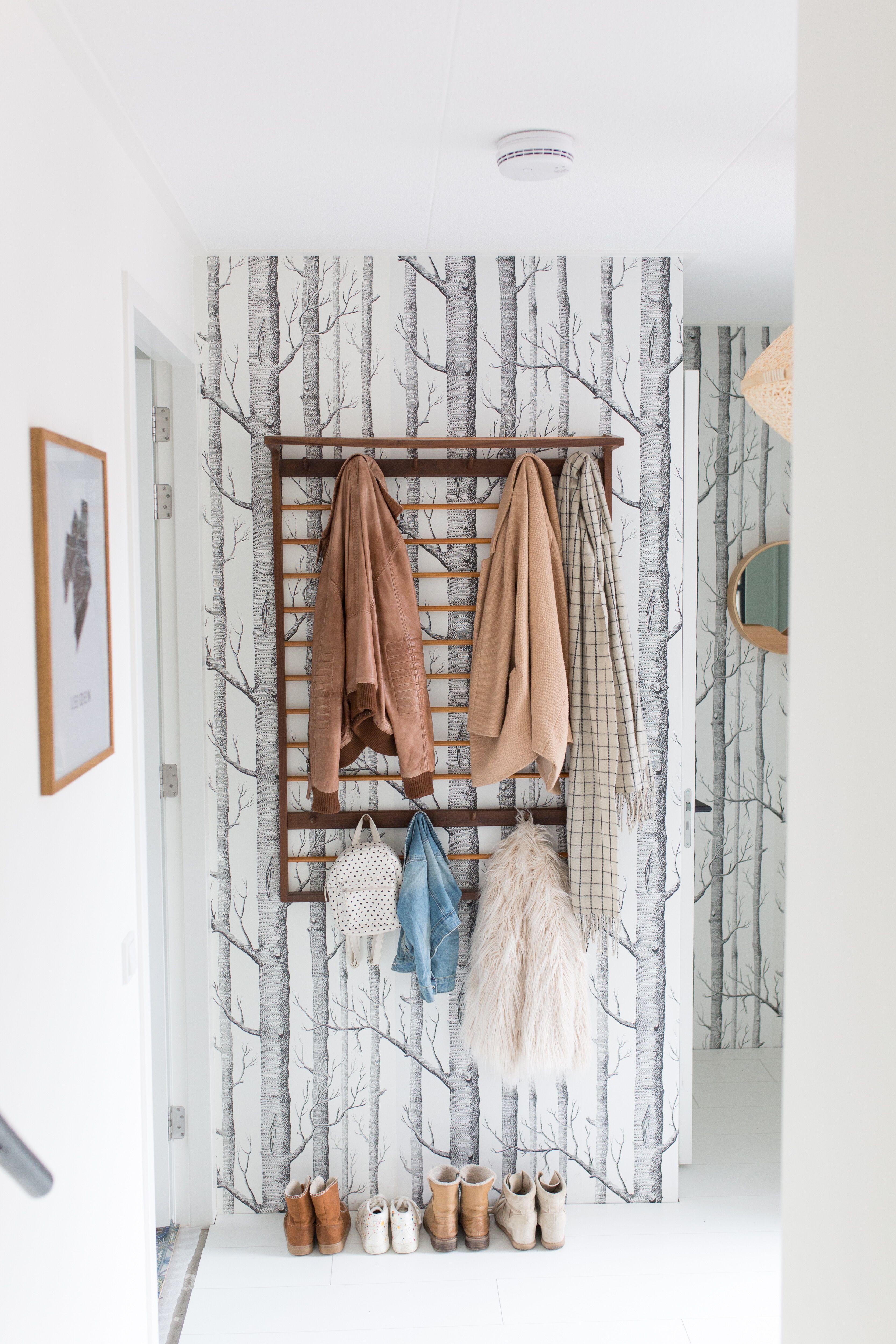 Hallway / Eline Visscher
