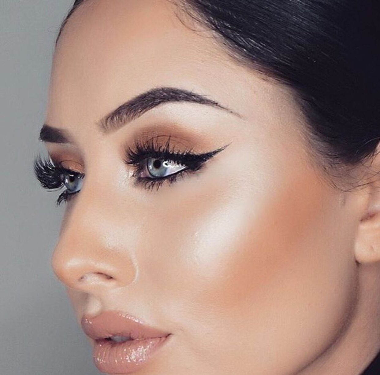 Pin By Gianna Eden On Glamour Shots Makeup Chic Makeup Beauty Eyebrow