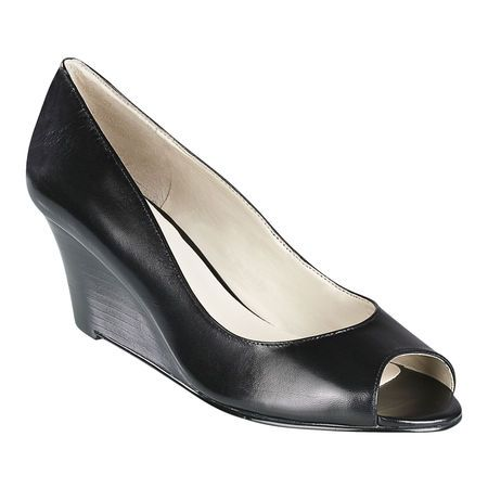 759621bc6e7b Peep toe pump on a 2 1 2