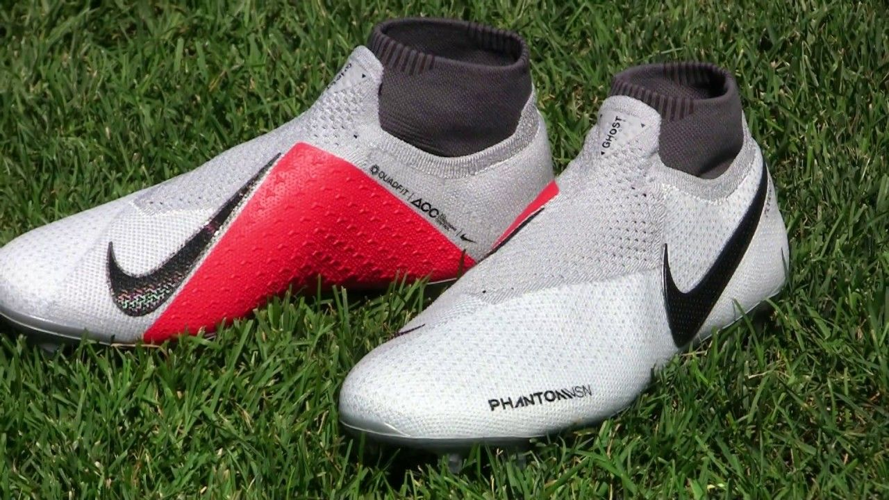 Nike Phantom Vision Elite Play Test Review  ef72eb7e3e5f7