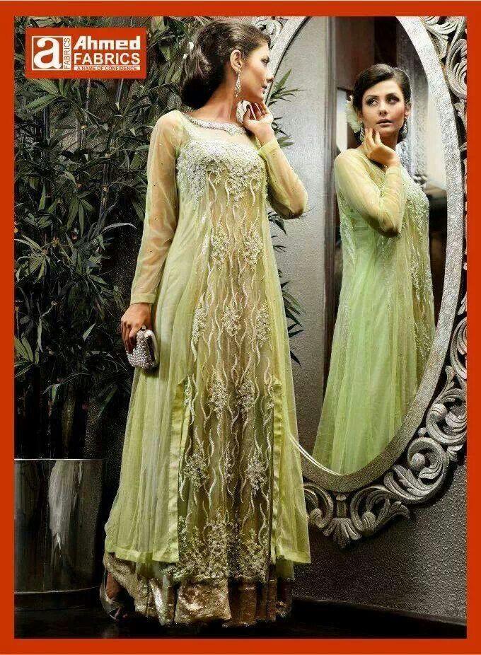 e39d484bb #desi #dress #beautiful #colour #wedding #mehndi #magni #mayoon #shaadi  #partywear