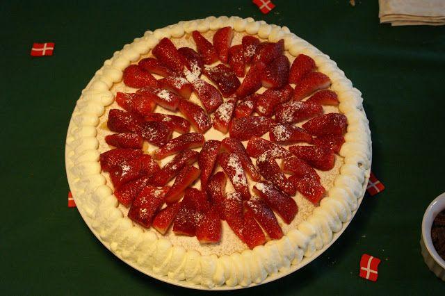 Raspberry and strawberry birhday cake!