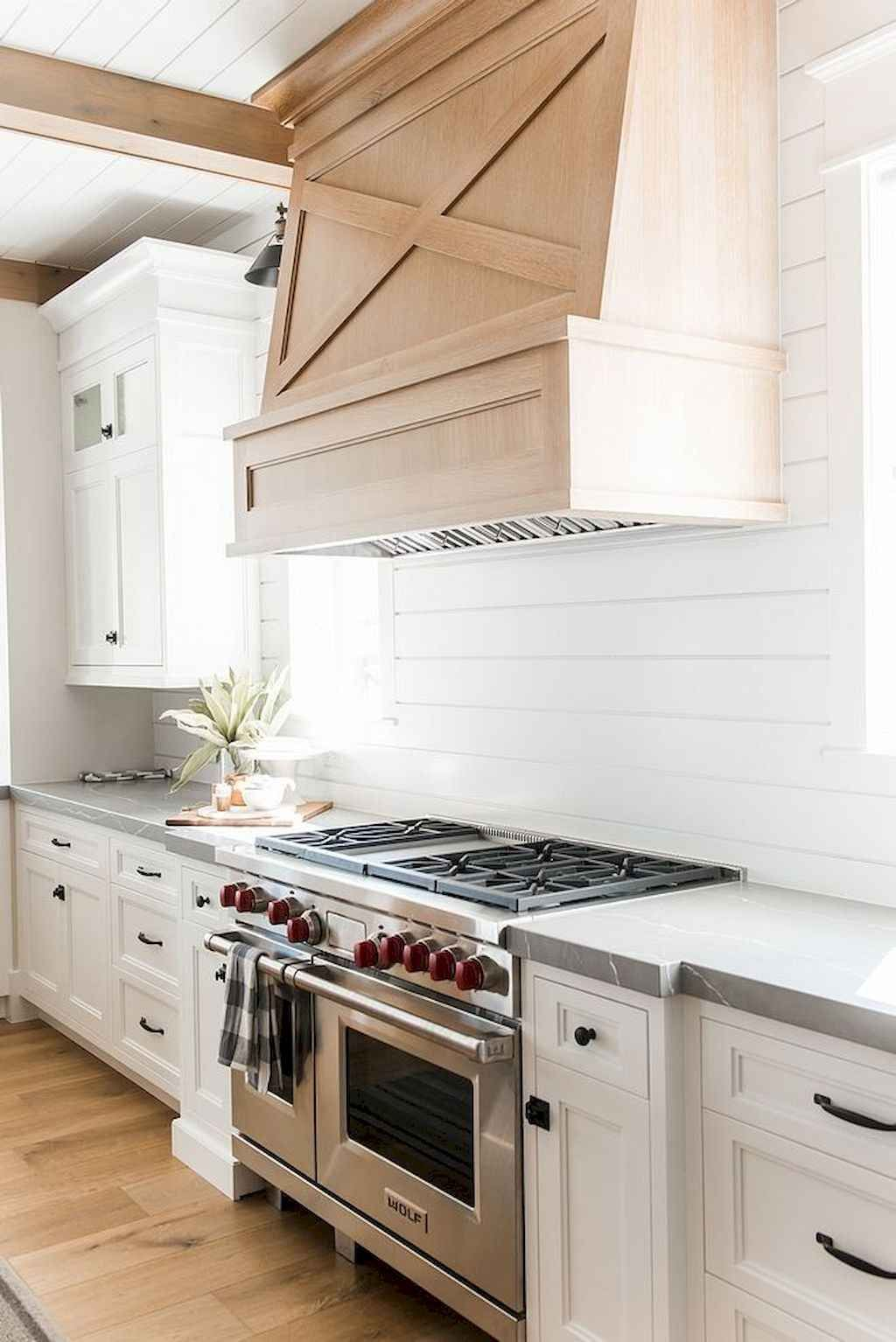 chic farmhouse kitchen backsplash ideas 06 in 2020 with images farmhouse kitchen backsplash on farmhouse kitchen backsplash id=33139