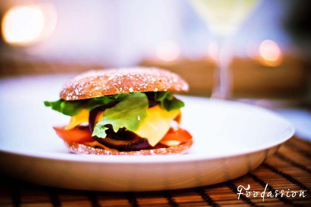 Herkkuburgerit by Foodassion, via Flickr