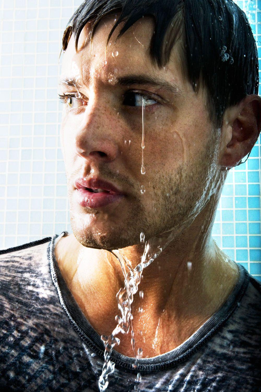 Dean would look so hot.as always :-P | Supernatural