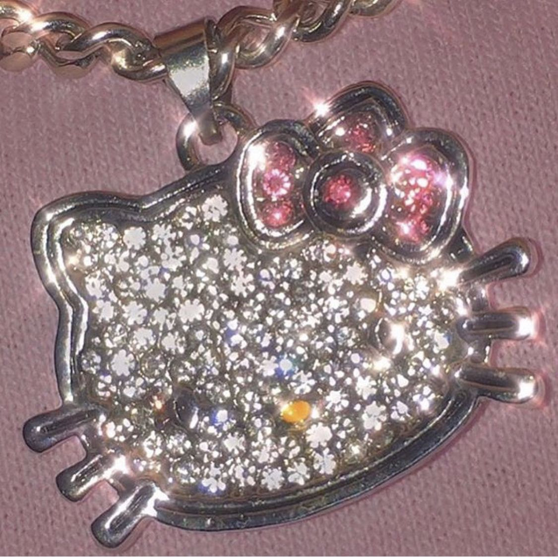 Hello Kitty Y2k 2000s Aesthetic Sparkle In 2020 Pink Aesthetic Cute Jewelry Hello Kitty Clothes