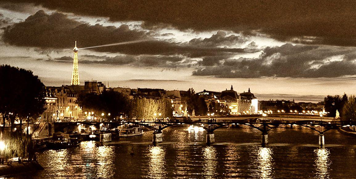 © Mis Lutier - Noche en Paris