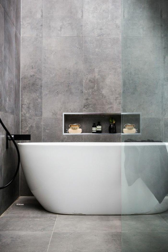 Badfliesen Badideen Kleines Bad Grau Badewanne Gläserne Duschwand