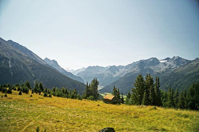#tyrol #tyroleanalps #tirol #austria #oesterreich #hiking #mountains #wander #wanderlust #munichandthemountains #travel #training #instatravel #travelgram #passionpassport #friyay #itsagoodday #lovetirol #visittirol