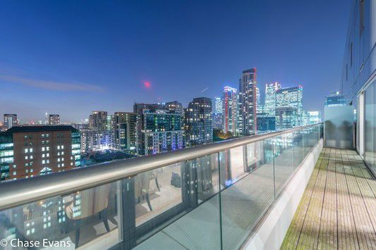 Amazing Two Bedroom Penthouse Apartment On The Baltimore Wharf Development Canary Wharf E14 With Images Rent In London Baltimore Apartment Penthouse Apartment