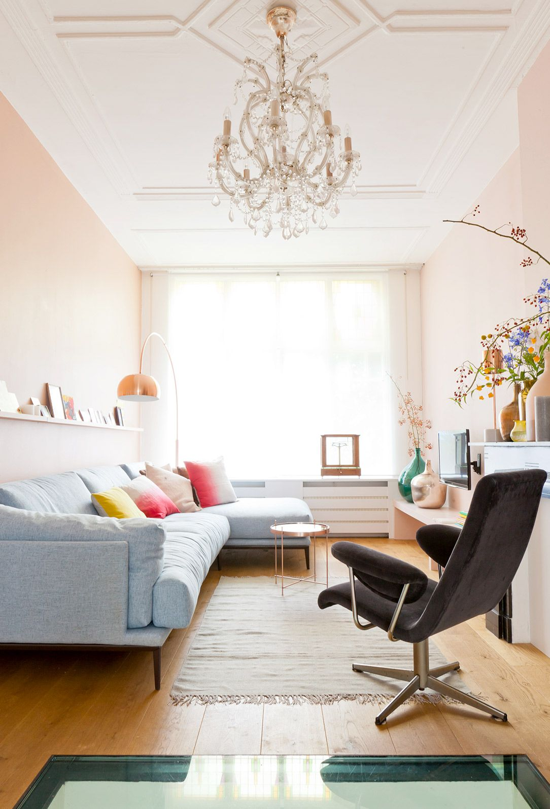 Inside The Prettiest Pink Apartment You Ever Did See Pastel  # Muebles Rudnick