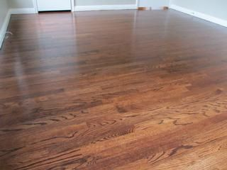 Recently Refinished 1 Common Red Oak Hardwood Floors By Taylor Flooring Quality Wood Floors Waco Red Oak Floors Red Oak Hardwood Floors Oak Hardwood Flooring