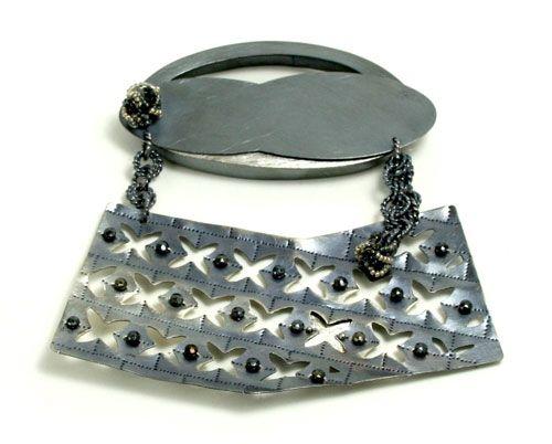 Raïssa Bump Brooch: Untitled, 2011 Sterling silver, vintage lass beads 10 x 11 x 1 cm