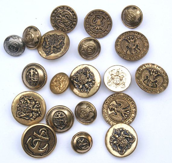 Lot of 20 Metal Coat of Arms Military Buttons Scrapbooking