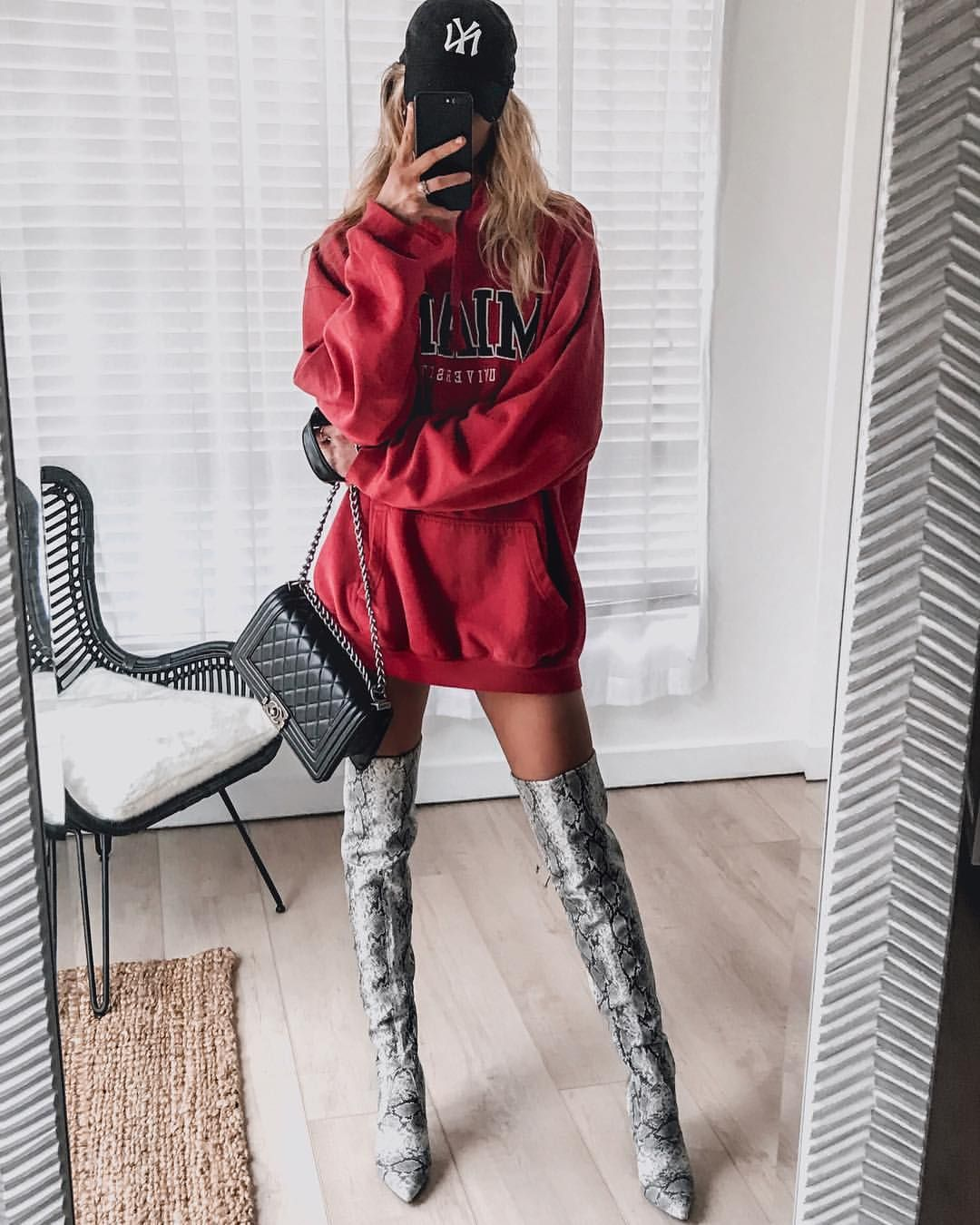 695fcf0fe7d Oversized hoodie and thigh high snake skin boots