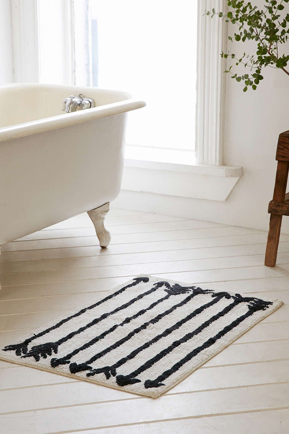 Locust Arrow Bath Mat Urban Outfitters For The Home - Beige bath mat for bathroom decorating ideas
