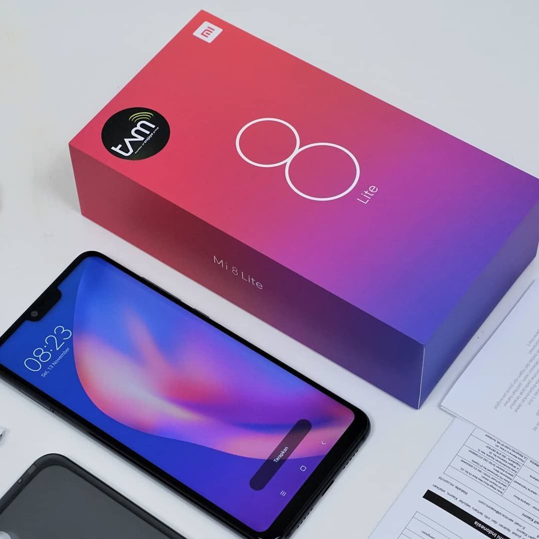 Xiaomi Mi 8 Lite 6 26 Inch 4g Lte Smartphone Snapdragon 660 6gb 64gb 12 0mp 5 0mp Dual Rear Cameras Miui 9 Touch Id Type C Fast Charge English And Chinese Versi Xiaomi Smartphone Latest Cell Phones