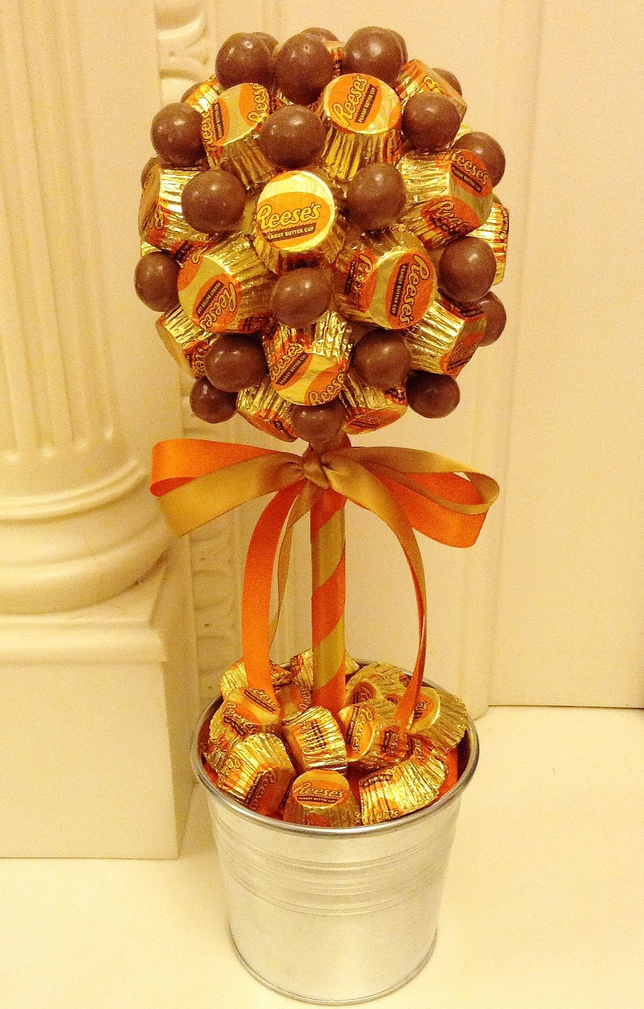 Peanut butter cups and malteser Candy Tree www