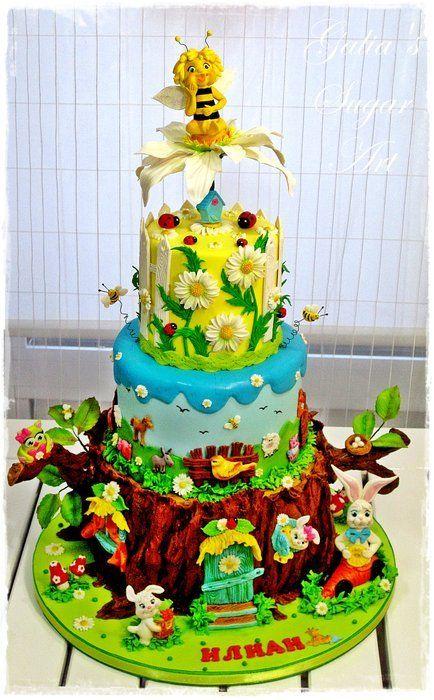 Maya Bee Cake Cake by Galia Hristova