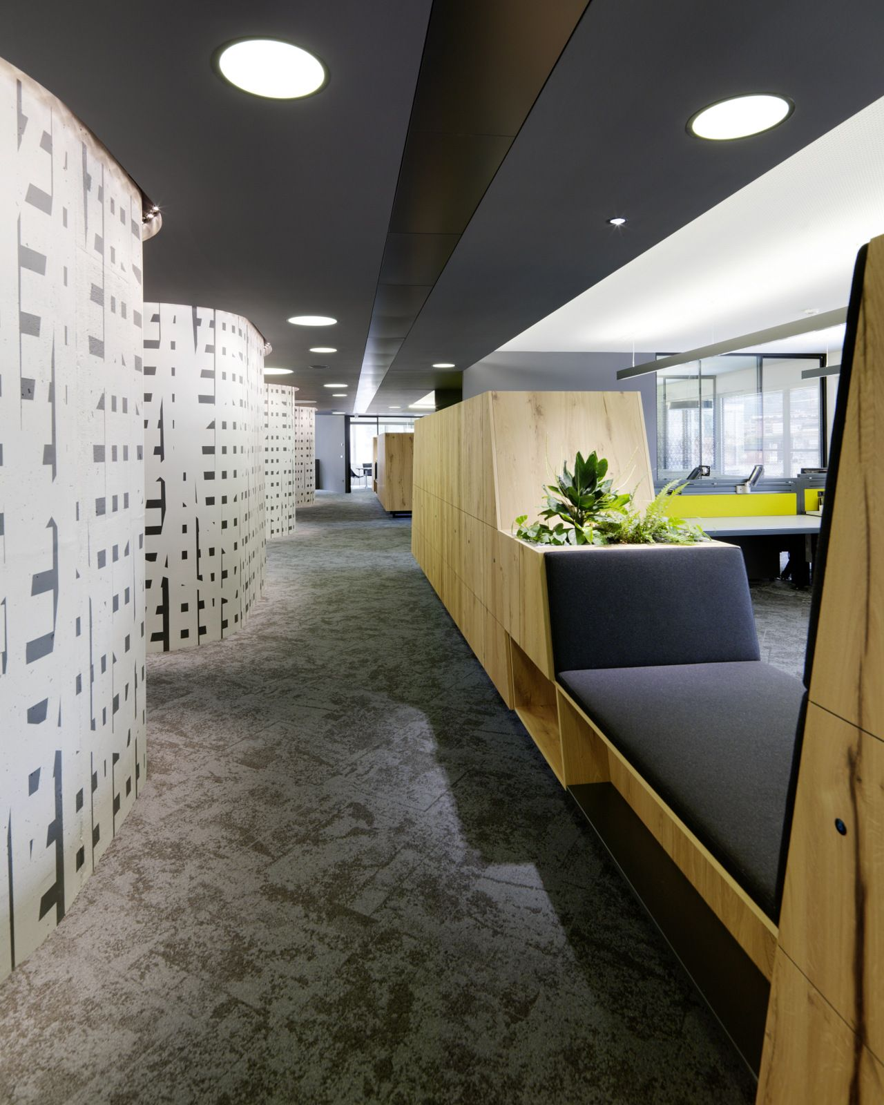 Volksbank Bolzano Offices Office Snapshots Commercial And Office Architecture Office Interior Design Architecture Office