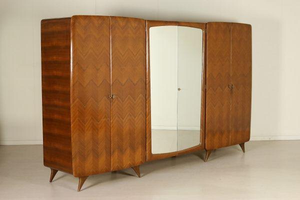 Mobile armadio a sei ante di cui due a specchio; legno ...