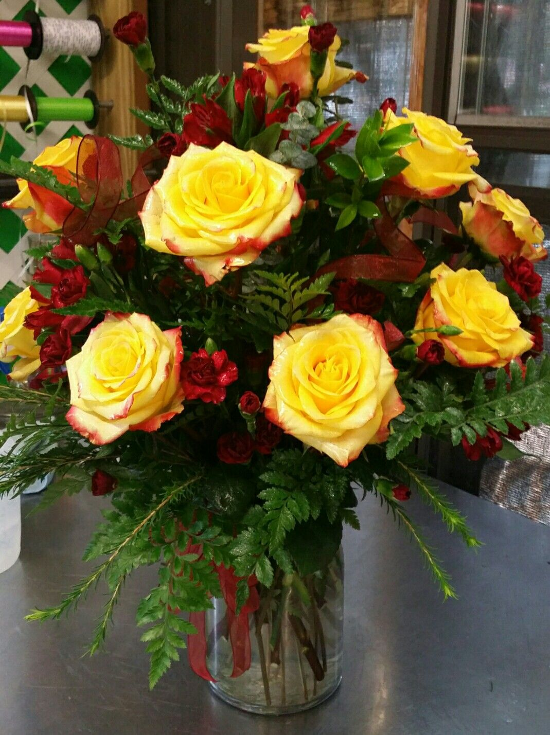 Dozen Rose Flower Arrangement High And Magic Rose Flower
