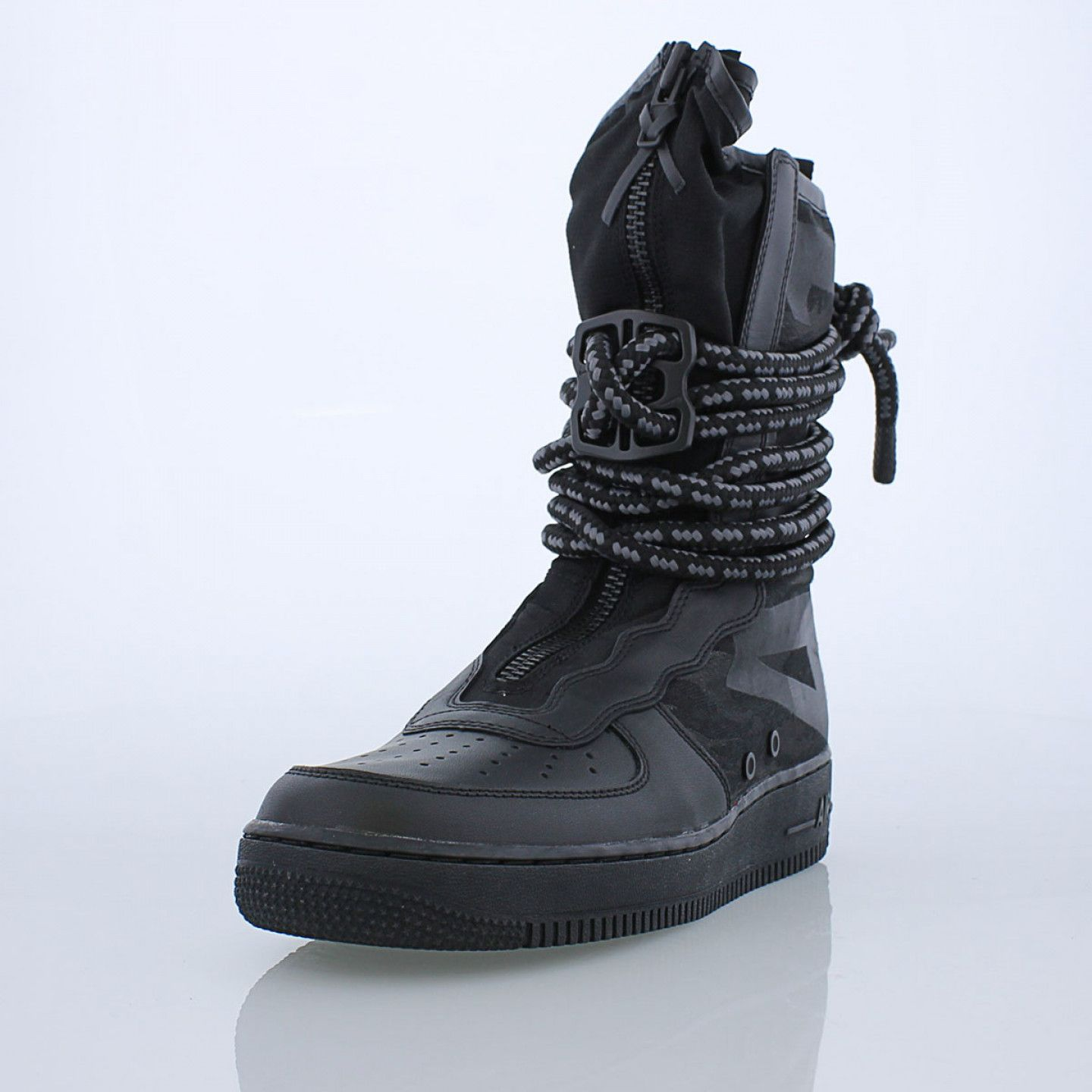 The Military Inspired Nike Sf Air Force 1 High Men S Boot Is Built For Ultimate Urban Utility It Features Ballistic Mesh A Q Nike High End Fashion Metal Lace