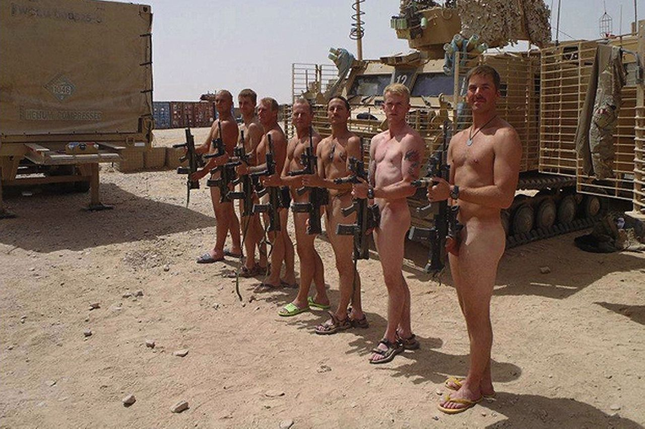 Hot nude army men