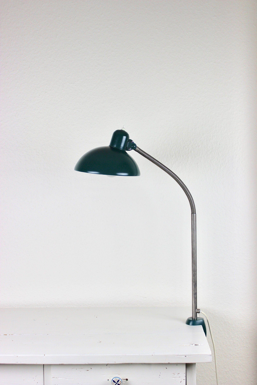 Kaiser Idell Schreibtischlampe Vintage Klemmlampe Architektenlampe Bauhaus Grun Industriedesign Loft Designklassiker Made In Germany In 2020 Desk Lamp Lamp Lamp Shade