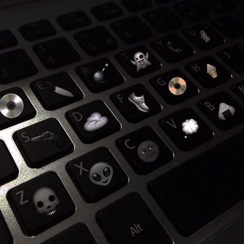 Alien Black Cool Dark Emoji Grunge Keyboard Style Tumblr Black Aesthetic Dark Feeds Night Aesthetic