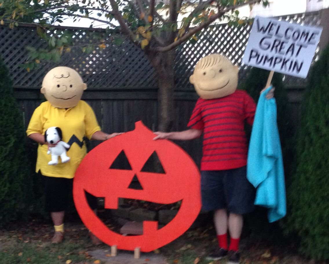 charlie brown and linus halloween costumes. masks are paper machete