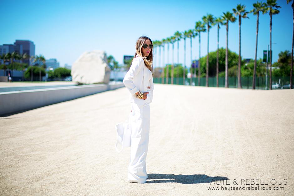 Haute & Rebellious Blog: LEVITATED MASS AT LACMA: WHITE ON WHITE | www.hauteandrebellious.com