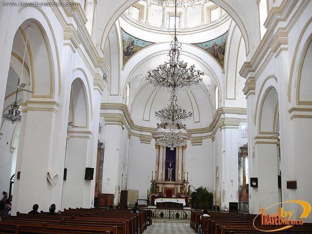 Catedral de Veracruz,nave principal Mexico