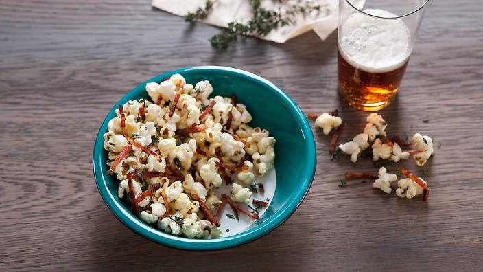 Honey-mustard bacon popcorn recipe : SBS Food...My husband is already drooling!!