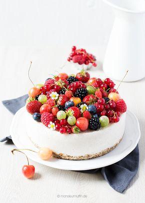Kokos-Beeren-Torte   laktosefrei   vegan   gesunder Kuchen   Krautkopf - Vegetarisch kochen und genießen   © monsieurmuffin