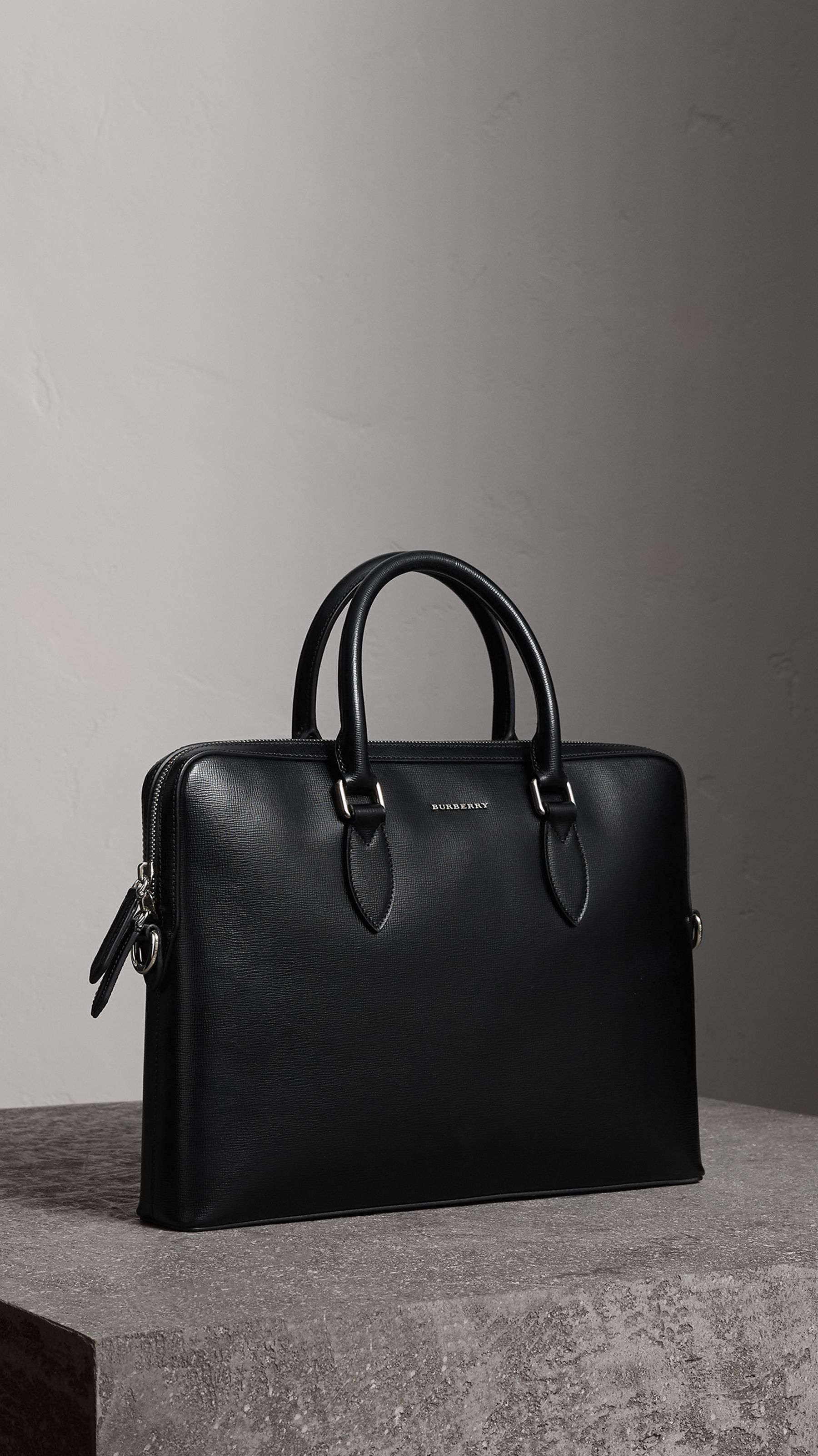 The Slim Barrow in London Leather in Black - Men  a1fe2cdbe1a51