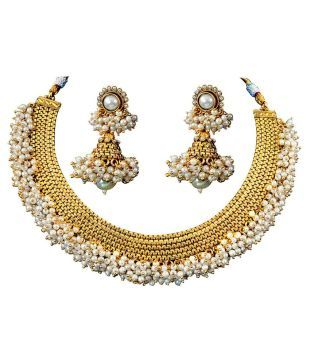 9055e690b59eb Jewels Galaxy Alloy Gold Plated Necklace Set: Buy Jewels Galaxy ...
