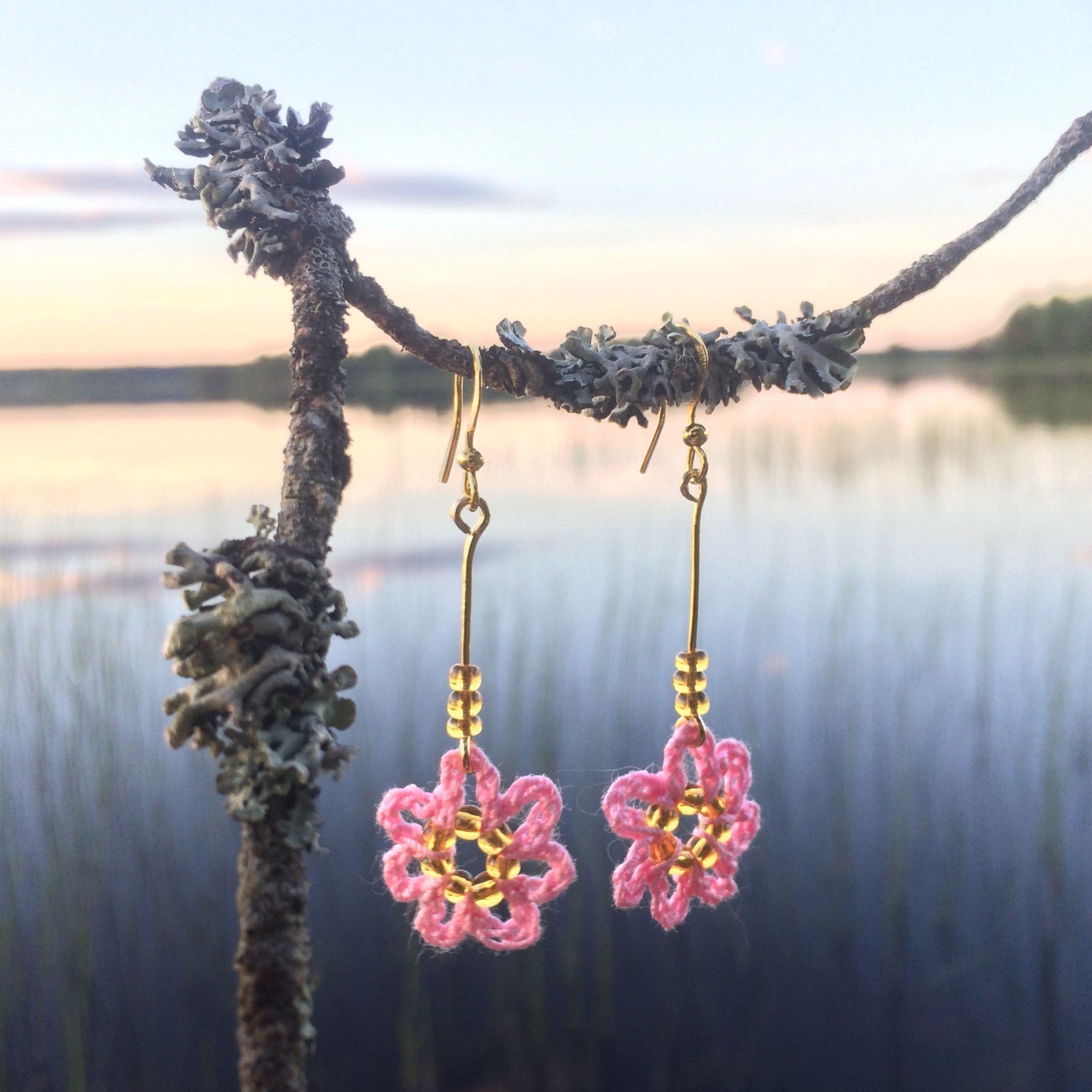crocheted earrings, Sirkku Tuomela 2017