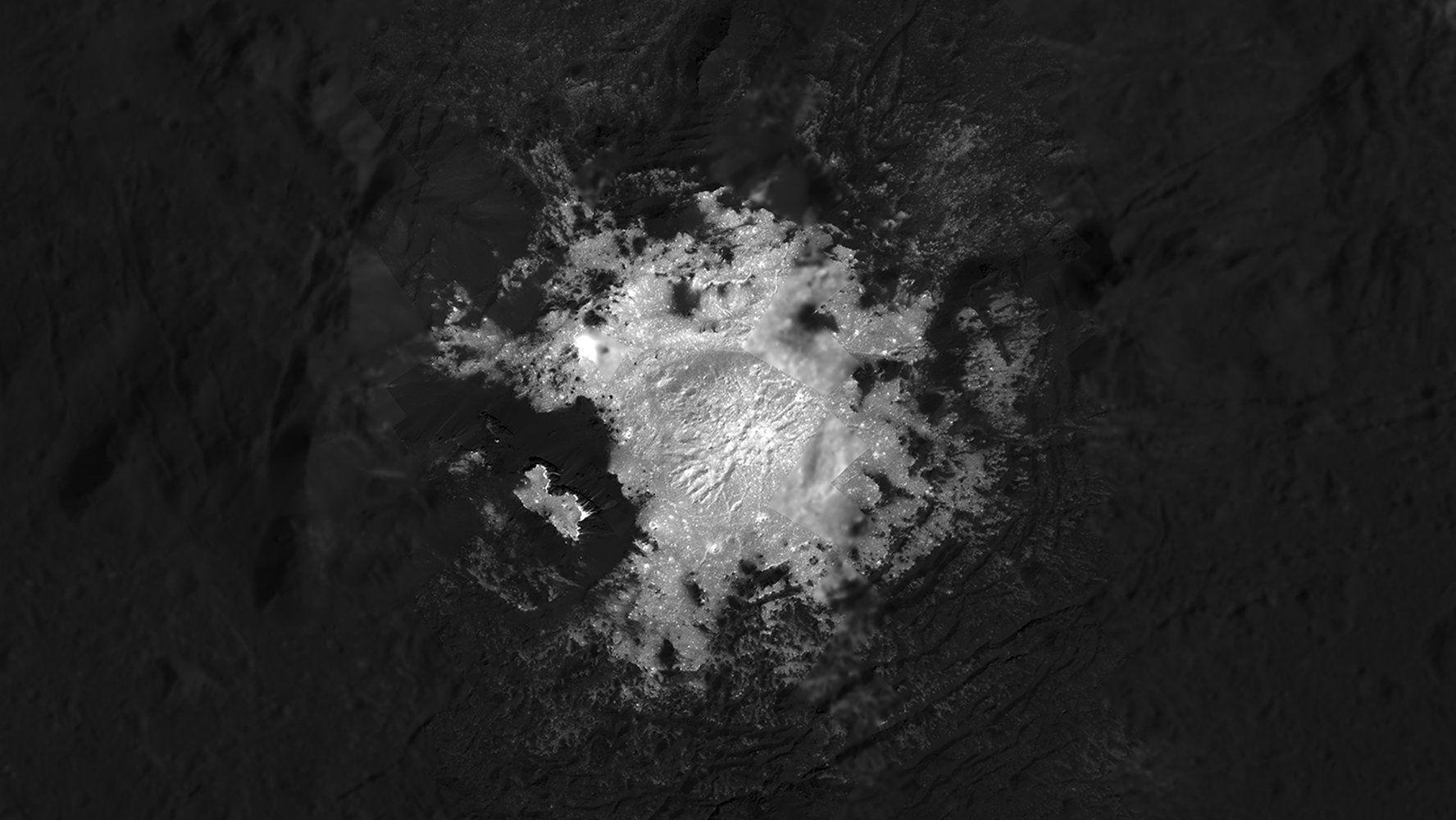 Dwarf ceres bizarre bright spots shine in stunning