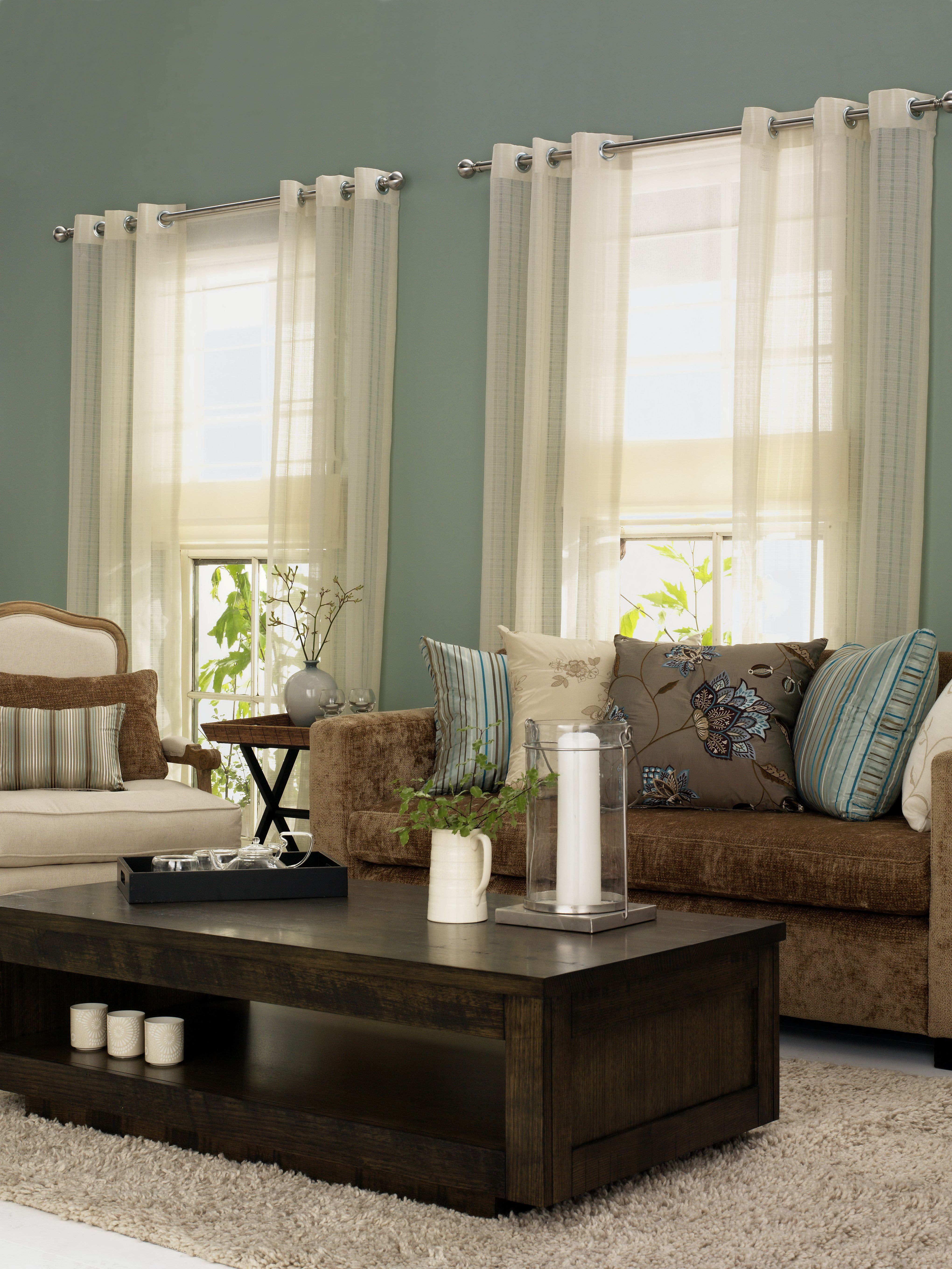 Lounge room showing eyelet curtains for more curtain styles go to
