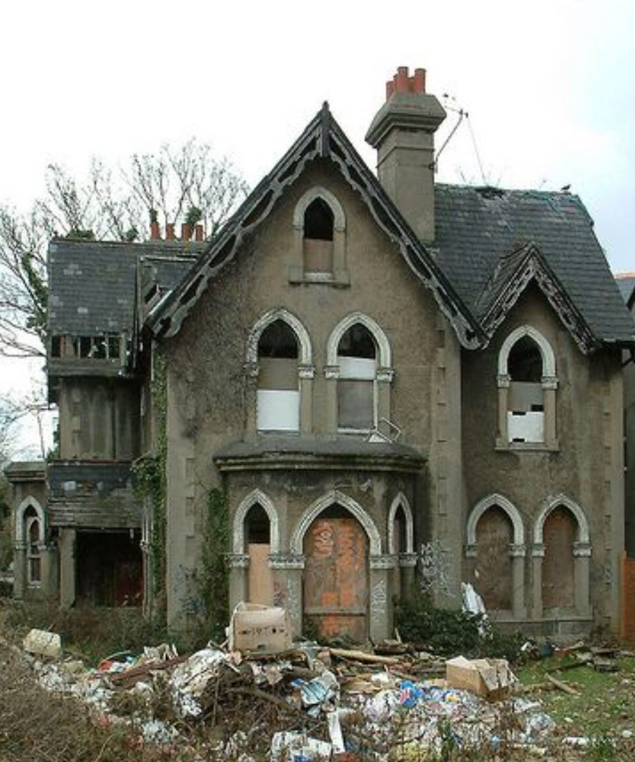 Pin By Moonbeams And Stardust Dreams On Abandoned Houses