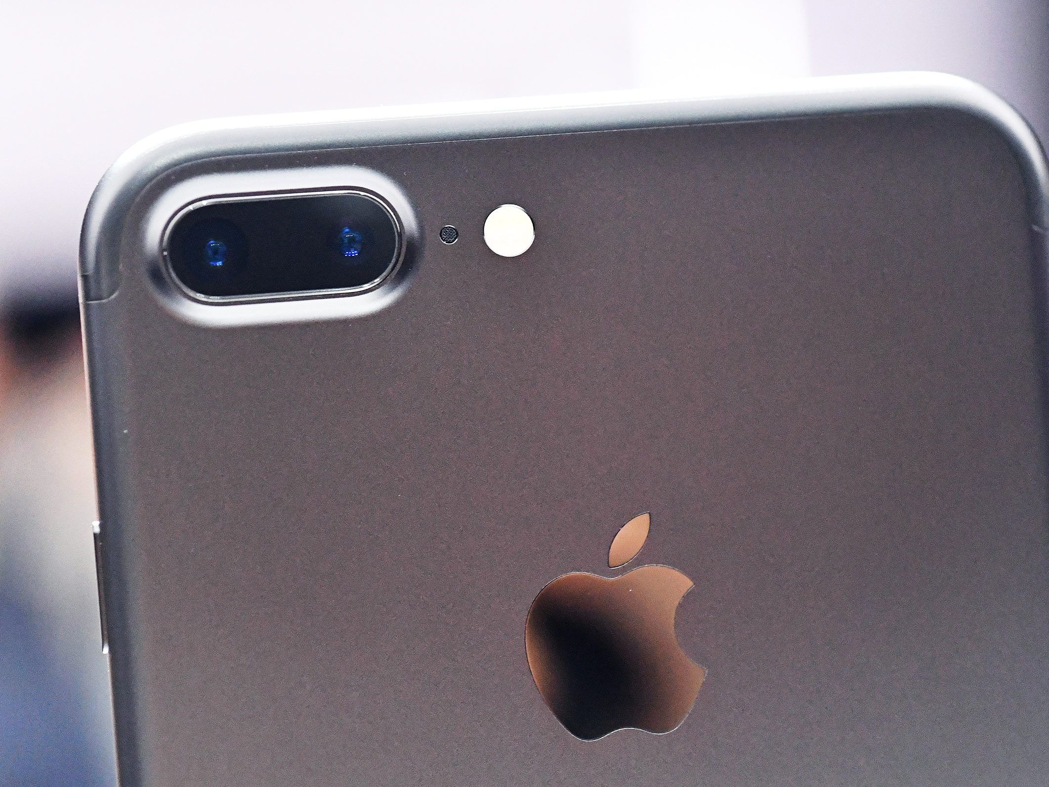 With The Iphone 7 Apple Makes Dual Cameras The New Normal Iphone Iphone 7 Plus Price Iphone 7 Plus