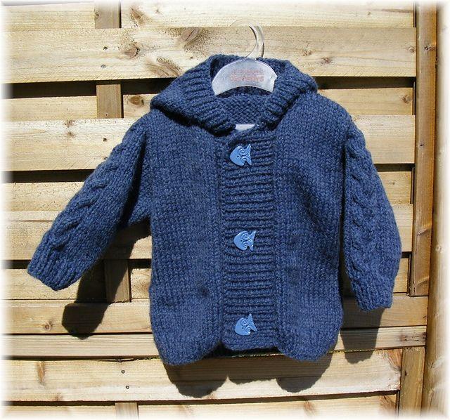 Ravelry: 26 - Manteau, moufles et chaussons pattern by Bergère de France