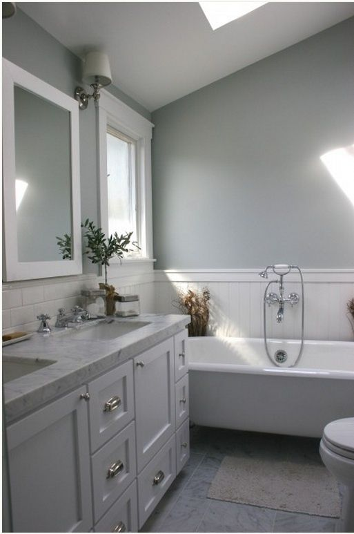 Gray And White Bathroom   Lazy Gray, Sherwin Williams