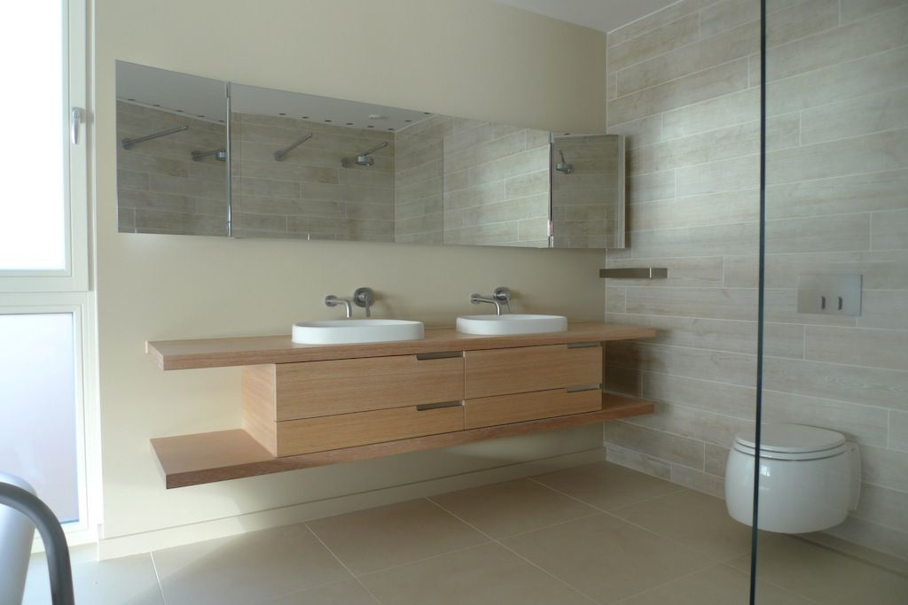 Floating vanity unit in limed oak | Wohnen | Bath vanities ...
