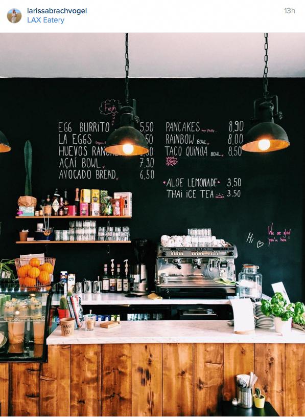 Id 1387022890 Coffee Shop Decor Coffee Bar Design Coffee Shops Interior