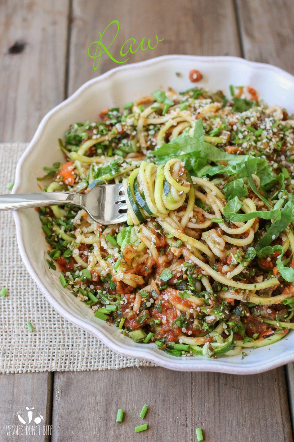 Raw Zucchini Noodles Veggies